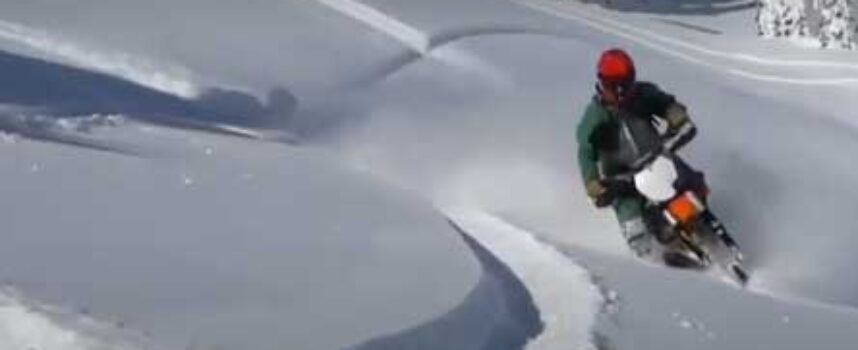 Two Snow Bikers Killed in BC Avalanche