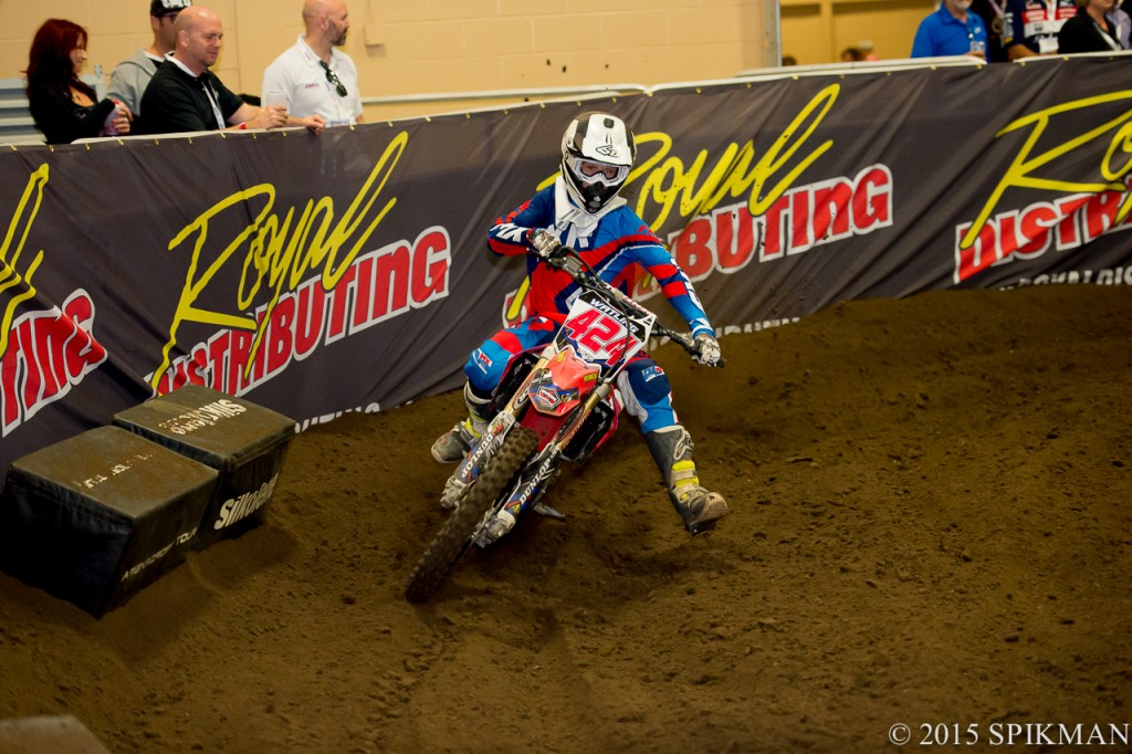 #424 Austin Watling is the Junior rider to watch these days.