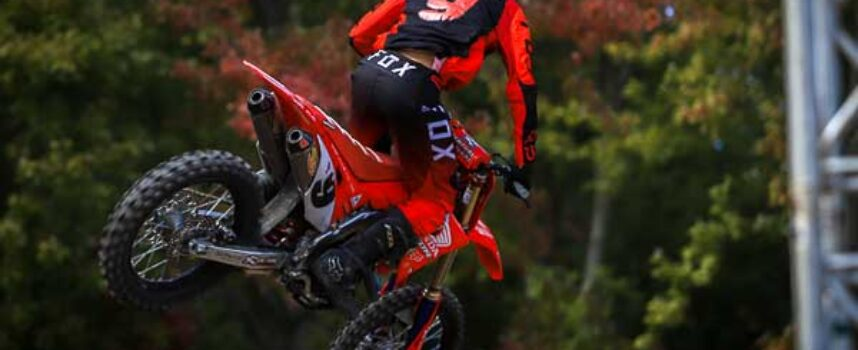Frid'Eh Update #9 | Dylan Wright Interview | Presented by Fox Racing Canada