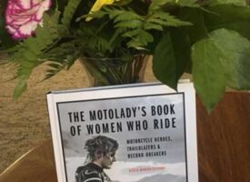 Book   The Motolady's Book of Women Who Ride